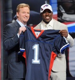 NFL holds 2010 draft in New York