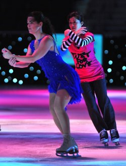 Kristi Yamaguchi and Nancy Kerrigan perform at Kaleidoscope in Washington