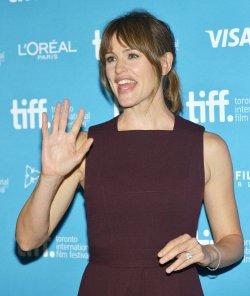 Jennifer Garner attends 'Men, Women & Children' photocall at the Toronto International Film Festival