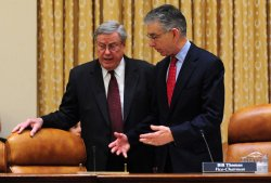 Financial Crisis Inquiry Commission investigates the economic crisis in Washington