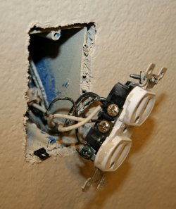 Sulfur-Emitting Chinese Drywall Blamed for Problems in U.S. Homes