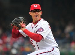 Nationals' Tyler Clippard pitches against the Atlanta Braves in Washington