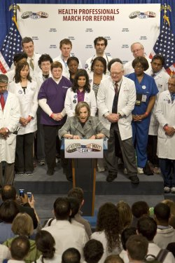 Doctors for America march for health care