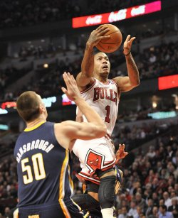 Bulls Rose shots against Pacers in Chicago