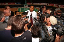 NBA Vancouver Grizzlies sold to Paige Sports Entertainment of St. Louis