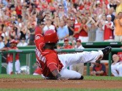 Nationals's Roger Bernadina steals home in Washington
