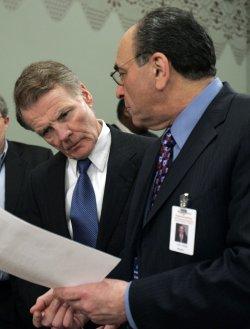 Roland Burris testifys at Blagojevich impeachment hearing in Illinoi