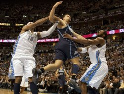 Nuggets Anthony Fouls Jazz Williams in Game Two in Denver