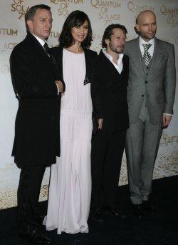 Quantum of Solace premieres in Paris