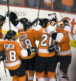 Flyers-Montreal hockey playoff action