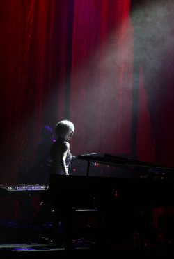 Tori Amos performs in concert in West Palm Beach