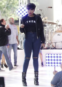 Jennifer Hudson performs on the NBC Today Show
