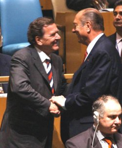 SCHROEDER AND CHIRAC MEET AT THE UNITED NATIONS GENERAL ASSEMBLY