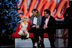 Jennifer Nettles, Vince Gill and Miss Piggy at the 2011 CMA Country Christmas special in Nashville