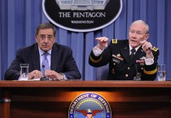 Pentagon announces lifting of ban on women in combat