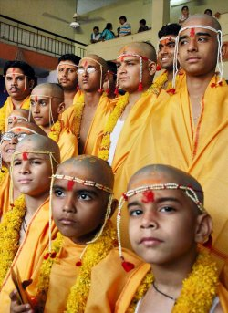 MASS THREAD CEREMONY IN BHOPAL