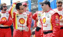 Castroneves Prepares for Indianpolis 500