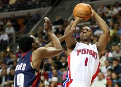 CLEVELAND CAVALIERS AT DETROIT PISTONS