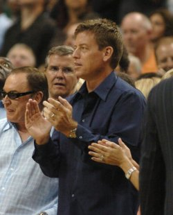 NBA PLAYOFFS-DALLAS MAVERICKS-PHOENIX SUNS