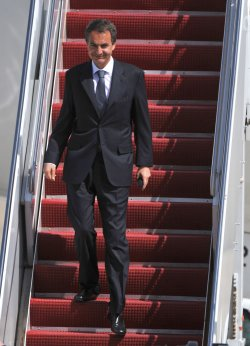 Prime Minister of Spain Jose Luis Rodriguez Zapatero arrives for the Nuclear Security Summit at Andrews AFB