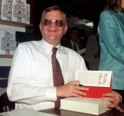 Novelist Tom Clancy in novel divorce law suit