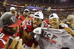 Falcons Robert Alford and teammates celebrate NFC Championship win