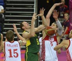 Lithuania-Russia men's quarterfinal basketball at 2012 Summer Olympics in London