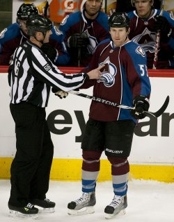 Linesman Gibbs Informs Avalanche McLeod of Disallowed Goal in Denver