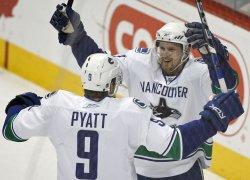 Vancouver Canucks vs Colorado Avalanche