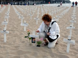 IRAQ WAR DEAD AND INJURED REMEMBERED WITH BEACH MEMORIAL IN SANTA MONICA, CALIFORNIA