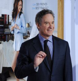 """Kevin Kline attends the """"No Strings Attached"""" premiere in Los Angeles"""