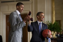 Obama Welcomes University of Kentucky Basketball to White House