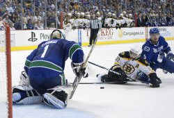 NHL Stanley Cup Final, Vancouver Canucks home to Boston Bruins