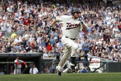 Twins Kubel hits RBI single against Red Sox in Minneapolis