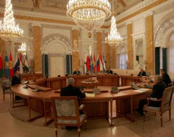 PRESIDENTS OF EURASIAN ECONOMIC COMMUNITY MEET IN ST PETERSBURG