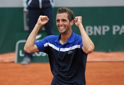 Albert Ramos-Vinolas plays his fourth round match at the French Open
