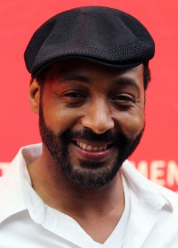 Jesse L. Martin arrives at theat the 13th Annual Entertainment Industry Foundation Revlon Run/Walk for Women in New York