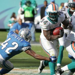 Miami Dolphins vs Detroit Lions in Miami