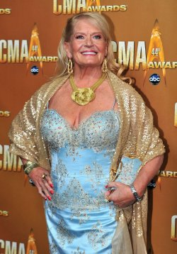 Lynn Anderson arrives for the Country Music Awards in Nashville