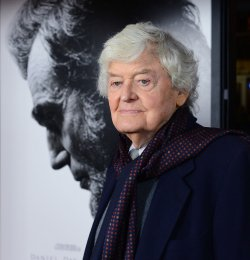 """Hal Holbrook attends the """"Lincoln"""" premiere in Los Angeles"""