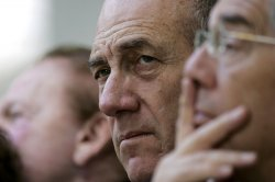 ISRAELI PM OLMERT AT HOLOCAUST CEREMONY