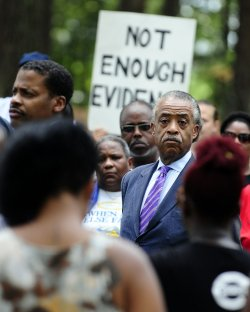 Protesters gather for Troy Davis execution in Jackson, Ga