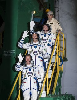 Soyuz flight team prepare to launch from Kazakhstan