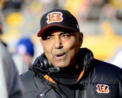 Cincinnati Bengals Coach Marvin Lewis in Pittsburgh