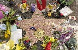 JOHNNY CARSON DEAD AT 79