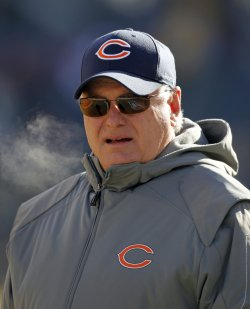 Bears Coordinator Martz before start of NFC Championship Against Packers