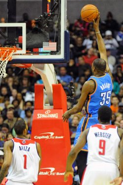 Washington Wizards vs Oklahoma City Thunder in Washington