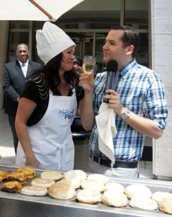 """Valerie Bertinelli and Ross Mathews serve and cook food at the Jenny Craig """"Jenny's Party in the Plaza"""" in New York"""