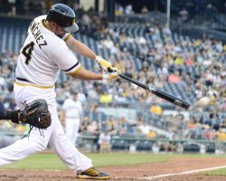 Pirates Sanchez Singles in 14th Inning in Pittsburgh