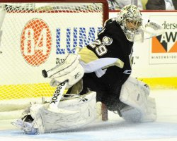 Penguins Fleury deflects Tampa Bay's Gagne Shot in Pittsburgh